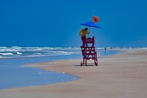 You can reach the award winning beaches of both the Gulf Coast and Atlantic Coast in around 1 hour and if you are lucky you might even witness a rocket launch